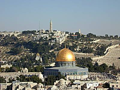 http://www.bibleplaces.com/images/Dome_of_the_Rock_from_Lutheran_tower_tb_n123199_wr.jpg