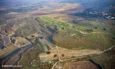 Gezer aerial from northwest