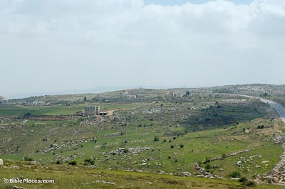 Khirbet el-Maqatir from north