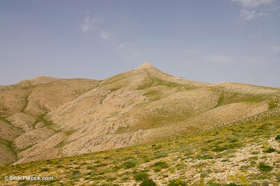 Nemrut Dag, tumulus of Antiochus I of Commagene from south
