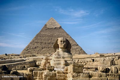 Sphinx with Chefren's pyramid