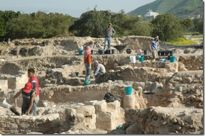 Tiberias new excavations in progress, tb032705506