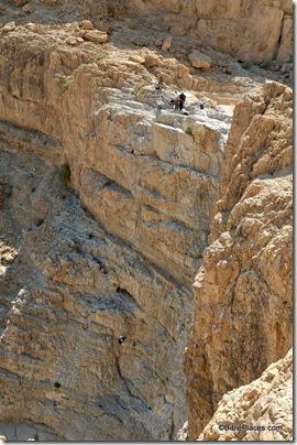 Rappelling at Qumran, tb051106052