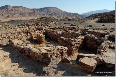 Kh en-Nahas Area S, Iron Age four-room workshop, view ne, df080207014dxo