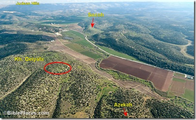 Elah Valley aerial from west, tb011606779b
