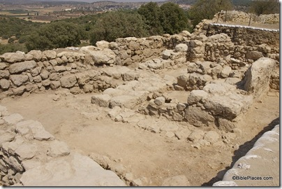 Khirbet Qeiyafa, 10th c four chambered gate, ar080731447