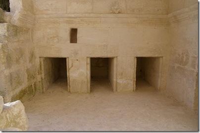 Khirbet Midras rolling stone tomb, ar080714164