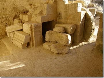 Khirbet Midras rolling stone tomb, ar080714165