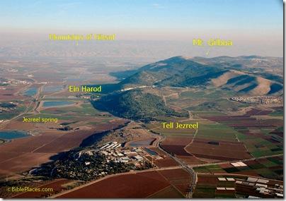 Harod Valley, Mt Gilboa, Jezreel aerial fr w, tb121704019 captions