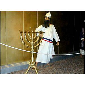 Tabernacle priest with menorah, tb n030301_t