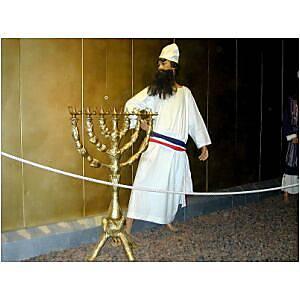 Tabernacle priest with menorah, tb n030301_t